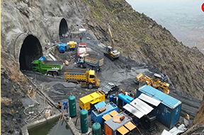 construction tunnels